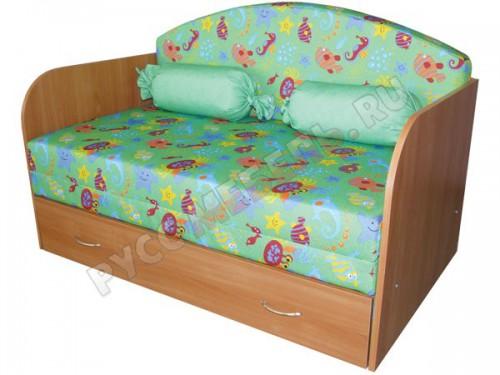 Детский диван «Антошка 1» с деревянными подлокотниками